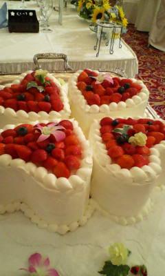 初お目見えのケーキ