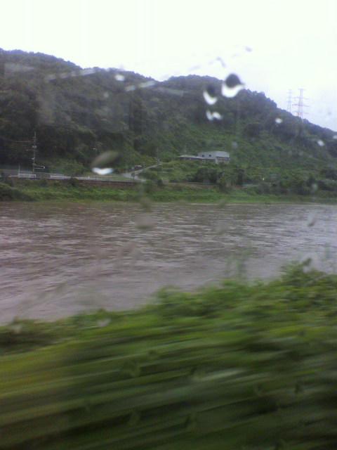 大和川が増水してます